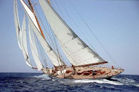 Yacht-Eleonora