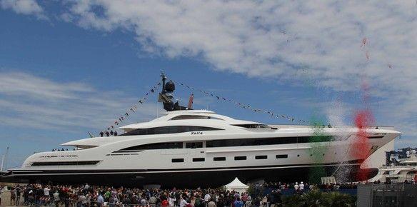 mega-yacht-crn-yalla