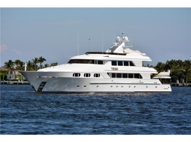 156-trinity-yachts-themis