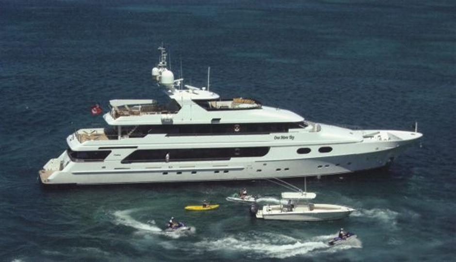 christensen-mega-yacht-one-more-toy