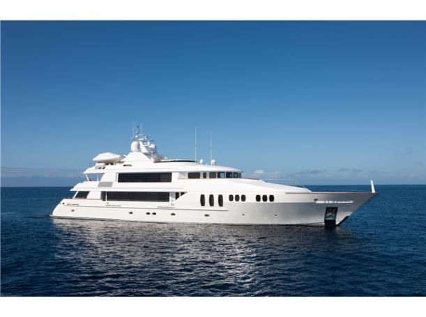 trinity-yachts-carpe-diem