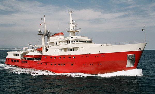 giant-mega-yacht