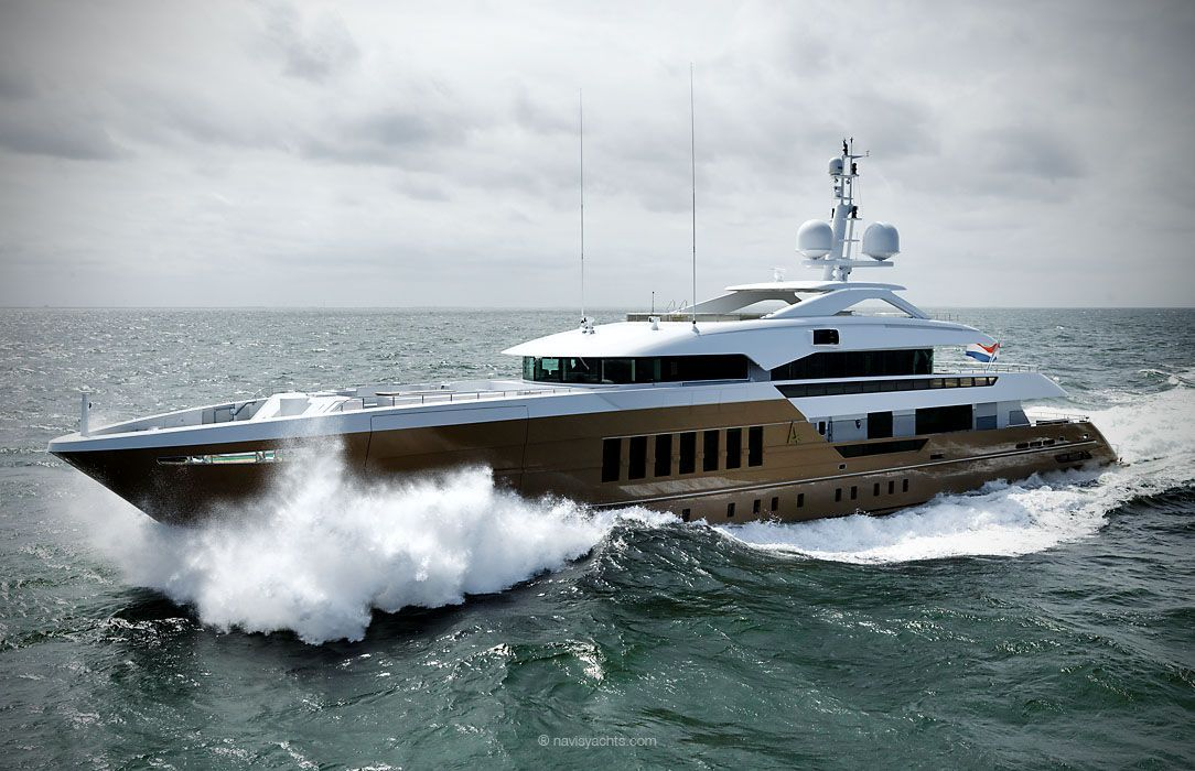 Heesen 55-meter-Superyacht Azamanta 1