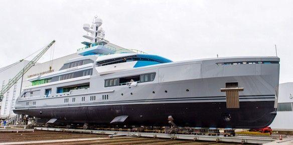 abeking-and-rasmussen-prepare-to-launch-superyacht-cloudbreak
