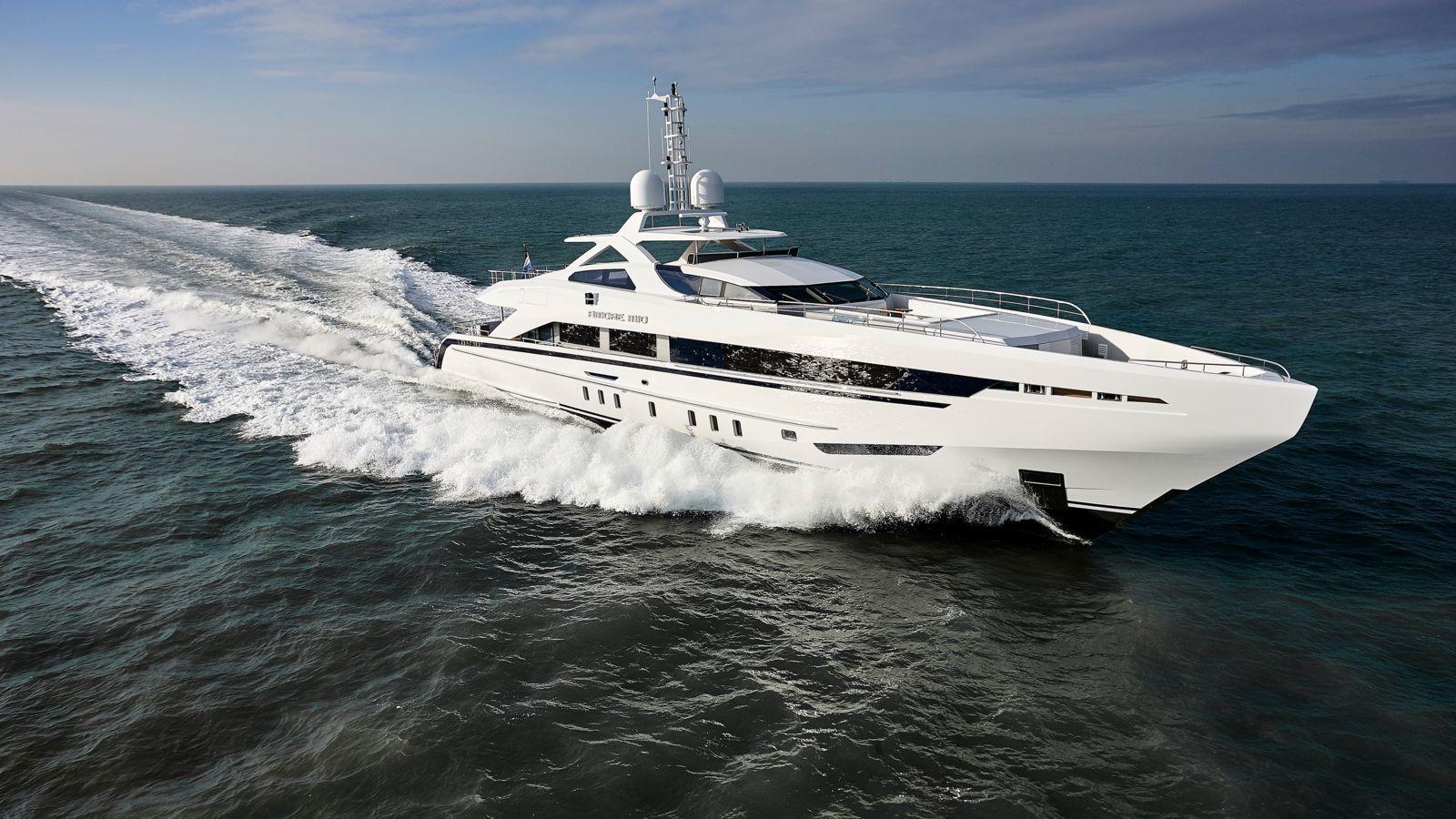 mega-yacht-45m