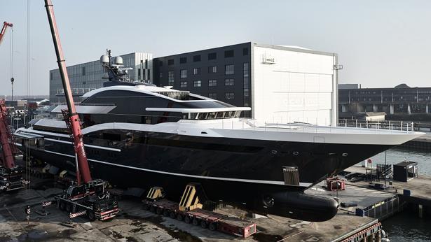 megayacht Project Shark Oceanco superyacht Y717